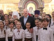 Глава государства поздравил белорусов с Рождеством Христовым