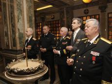 В Храме-памятнике в честь Всех Святых состоялась панихида по погибшим морякам-подводникам