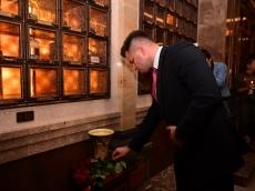 Два повода для молитвы и памяти