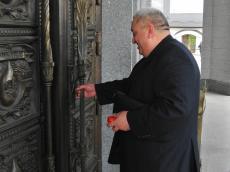 Храм-Памятник в честь Всех Святых посетил Иосиф Кирцхалия - Председатель Агентства по торговле и содействию инвестициям Беларуси-Грузии