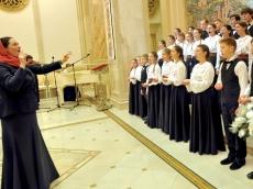 Православная молодежь отмечает свой день. Общение