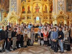 Детско-юношеский хор на Божественной Литургии в честь иконы Божией Матери «Утоли моя печали»