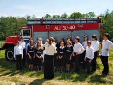 Молодежный хор Всехсвятского прихода славил Божию Матерь в Жировичах