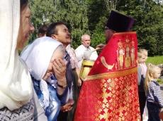 Разрушенный храм в Прилепах собирает людей своей благодатью
