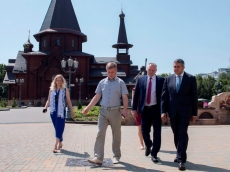 Зураб Пололикашвили посетил Всехсвятский Храм-Памятник