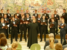 Хор Валаамского монастыря пел под сводами Всехсвятского храма